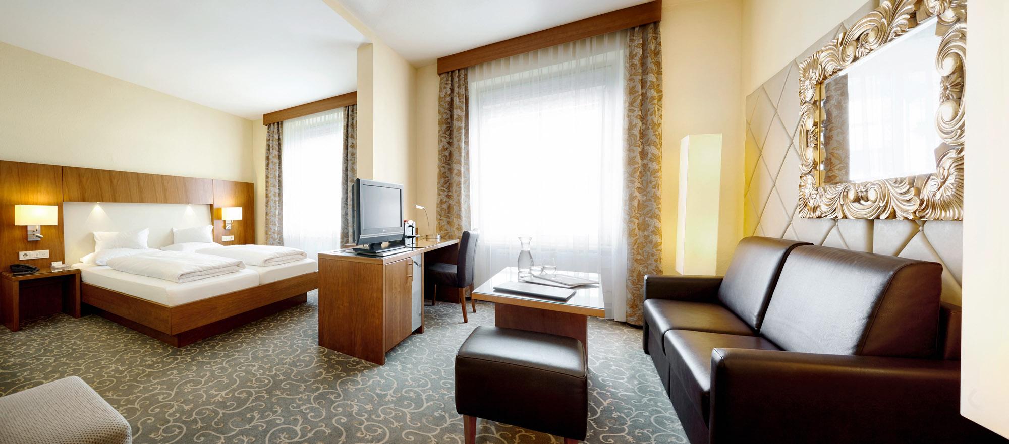 Doppelzimmer Deluxe für 2 Personen ab € 151,50 pro Nacht inklusive Frühstück & Ortstaxe