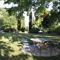 De grote tafel onder de lindeboom voor Toccata