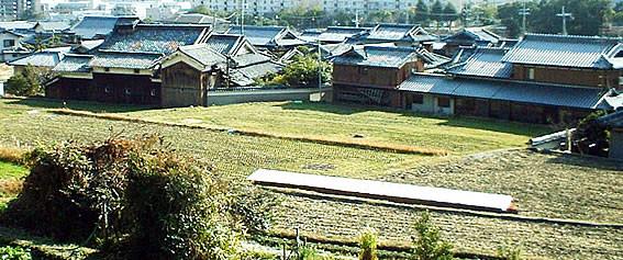 素盞嗚尊神社への登り道から見た奥集落の風景