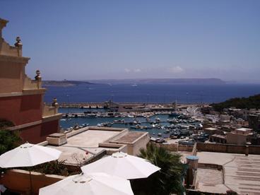 Hafen von Mgarr und Gozo