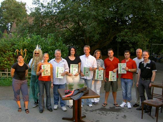 Die frischgetauften Bronzetaucher und Ausbilder