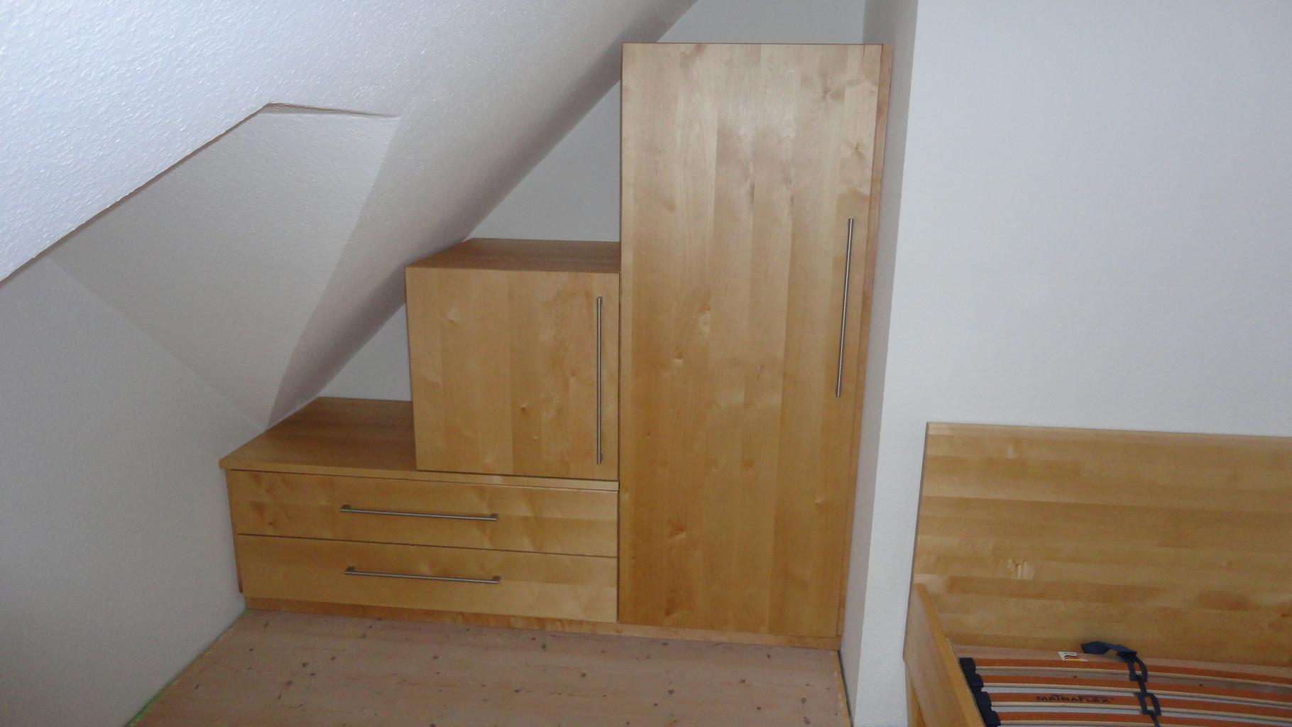 Kleiderschrank / Birke