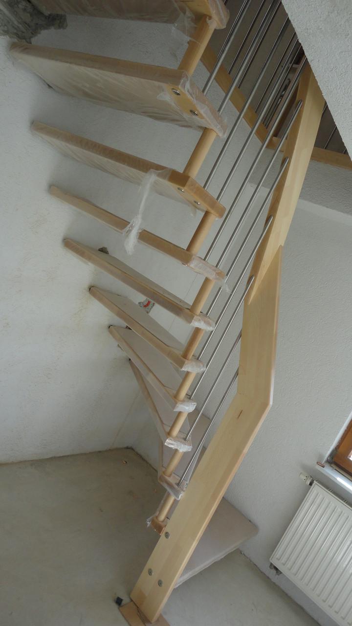 Treppe / Ahorn