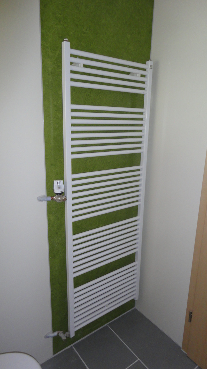 Trockenbau / Linoleum Wandverkleidung