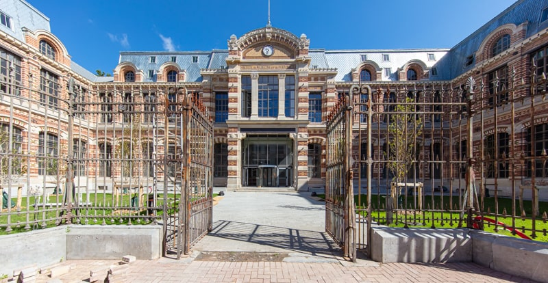 Lille Le Cosmopole,  Architectes: Agence Red Cat architecture  + Agence SINTIVE Architecte du Patrimoine