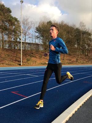 Voorbereiding Hellevoetse Marathonloper Bart van Nunen op Olympische Spelen verloopt voortvarend.