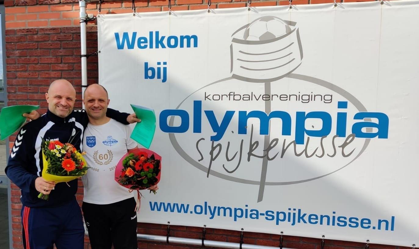Aldo en Lorenz Cafferata nieuwe hoofdcoaches korbalvereniging Olympia Spijkenisse.