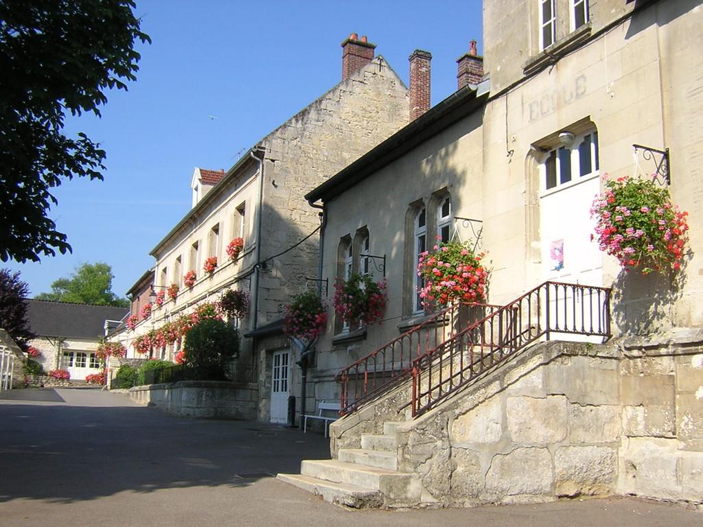 Mairie, école maternelle