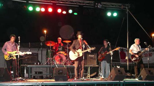 Guitarrista Miki Pannell con la banda de rock Andaluz  Soulteros con Pedro Jimenez, Carlos Abad, Guillermo Luceño y Juan L. de Quinta