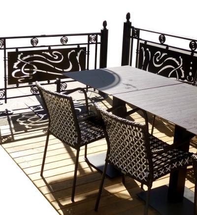terrasse démontable pour restaurant en acacia