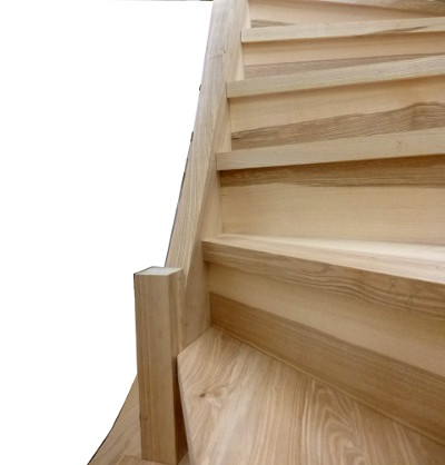 escalier en frêne olivier