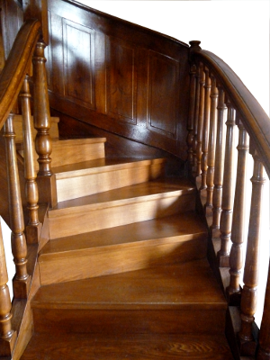 habillage escalier béton en chêne massif
