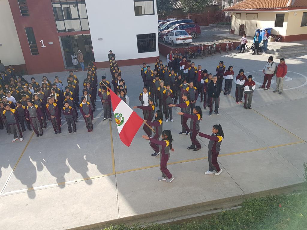 In Peru wird am 28. Juli die peruanische Unabhängigkeit gefeiert. Hierfür wird fleißig marschieren geübt.