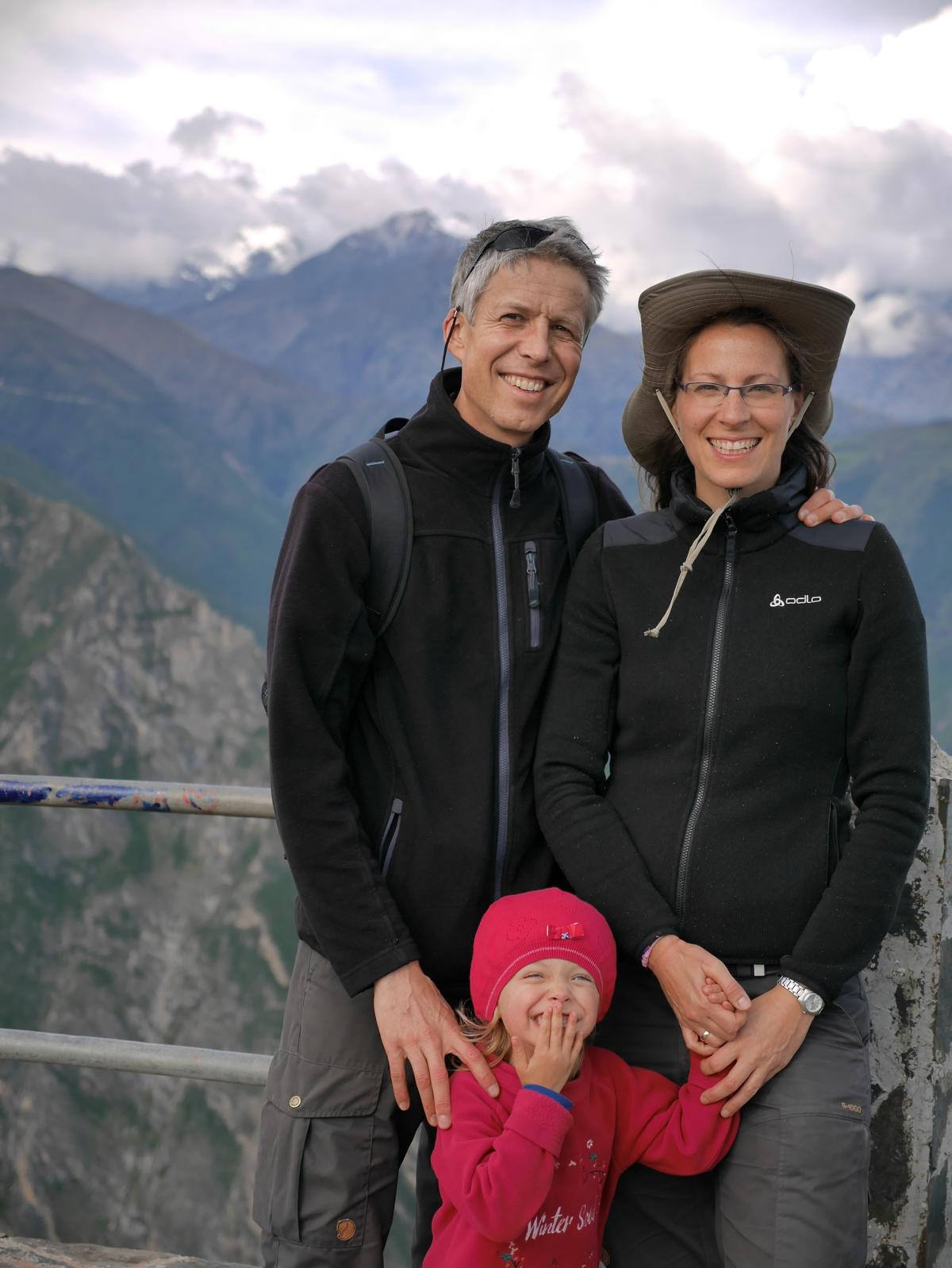 Spaziergang auf den Hausberg San Cristobal. Auf über 3000 Metern ist es hier windig und frisch.