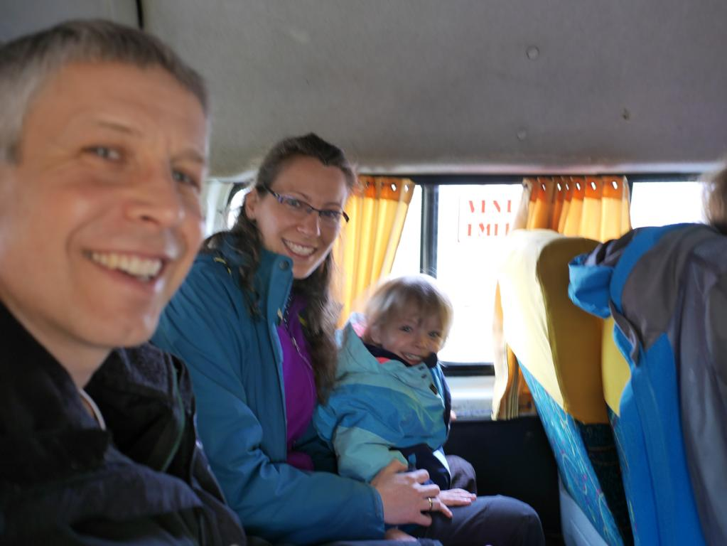 With the Collectivo (minibus) we drive from Cusco to Curahuasi.