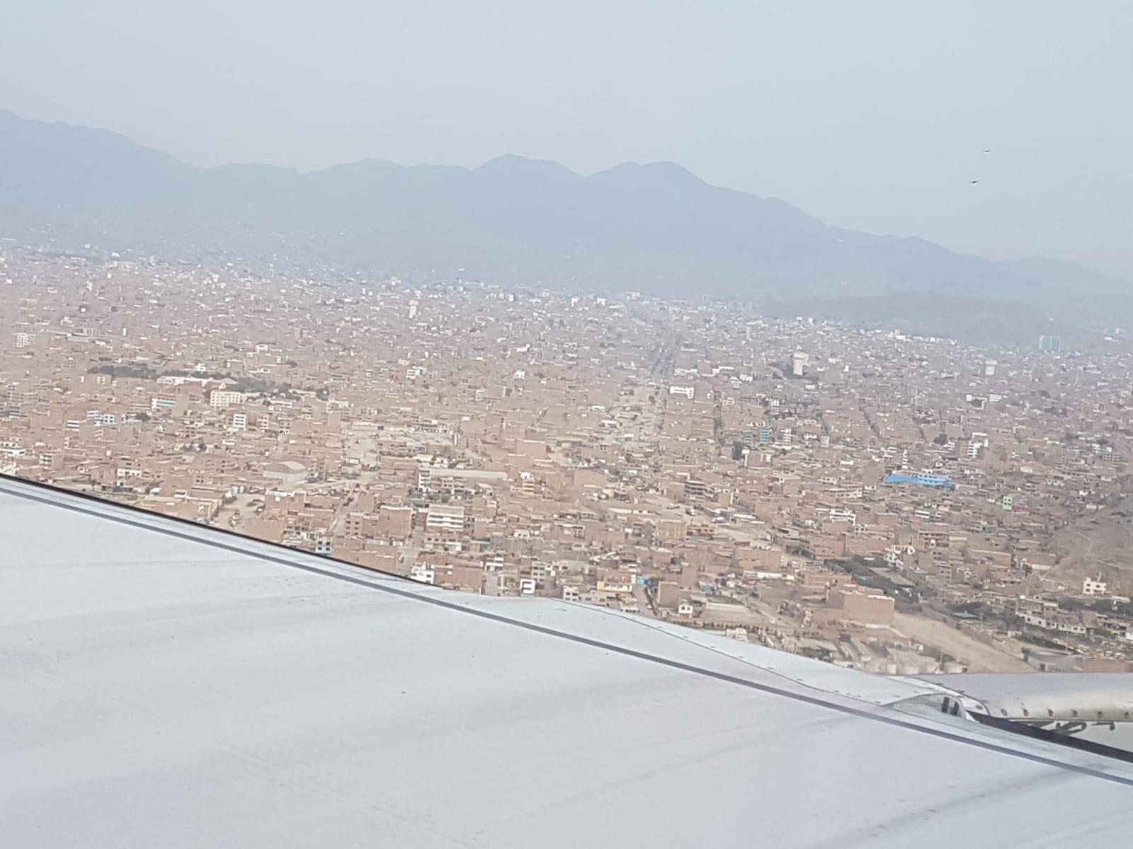 Es geht wieder zurück nach Peru: Landen in Lima.