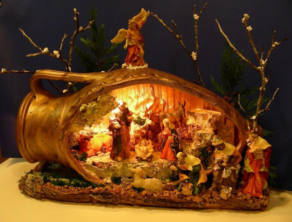 Presepe realizzato in un'anfora_Celico (CS) anno 2008/09