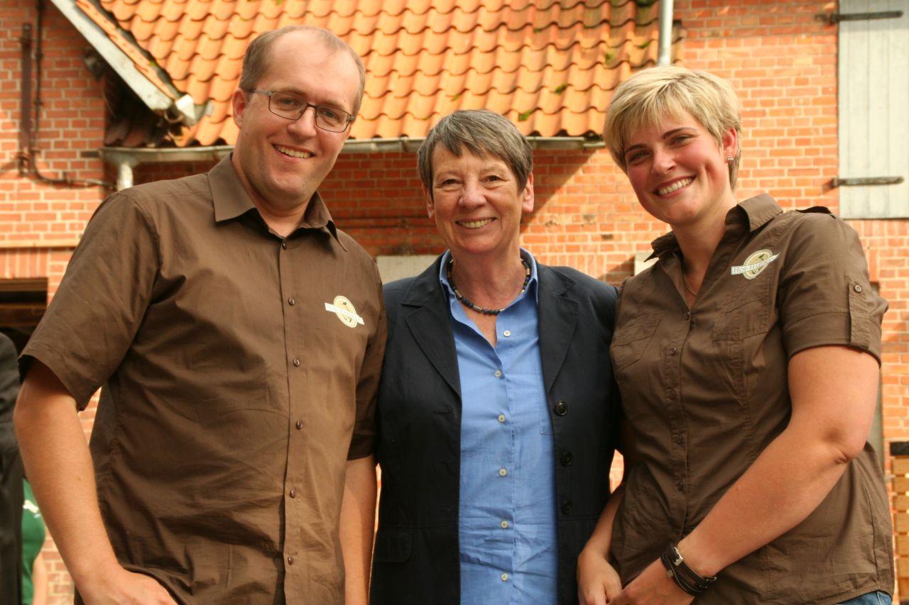 Barbara Hendricks besucht uns auf dem Hof Hartmann in Rettmer