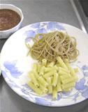 ハーブを使ったお料理紹介:2種のソースのオーガニックパスタ