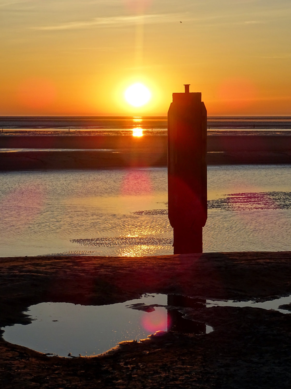 Sonnenuntergang am Schiffsanleger