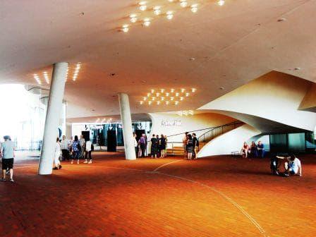 Elbphilharmonie - Die Innenplaza