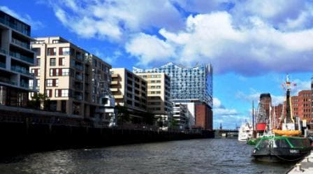 Elbe Philharmonic Hall & Harbor Cruise  - Guided Tour, Traditionsschiffhafen