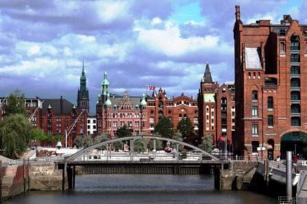 Elbe Philharmonic Führung & Harbor Cruise 76 - City Hall