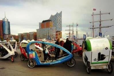 Hamburg by Rickshaw - Hochzeitsrikscha 1