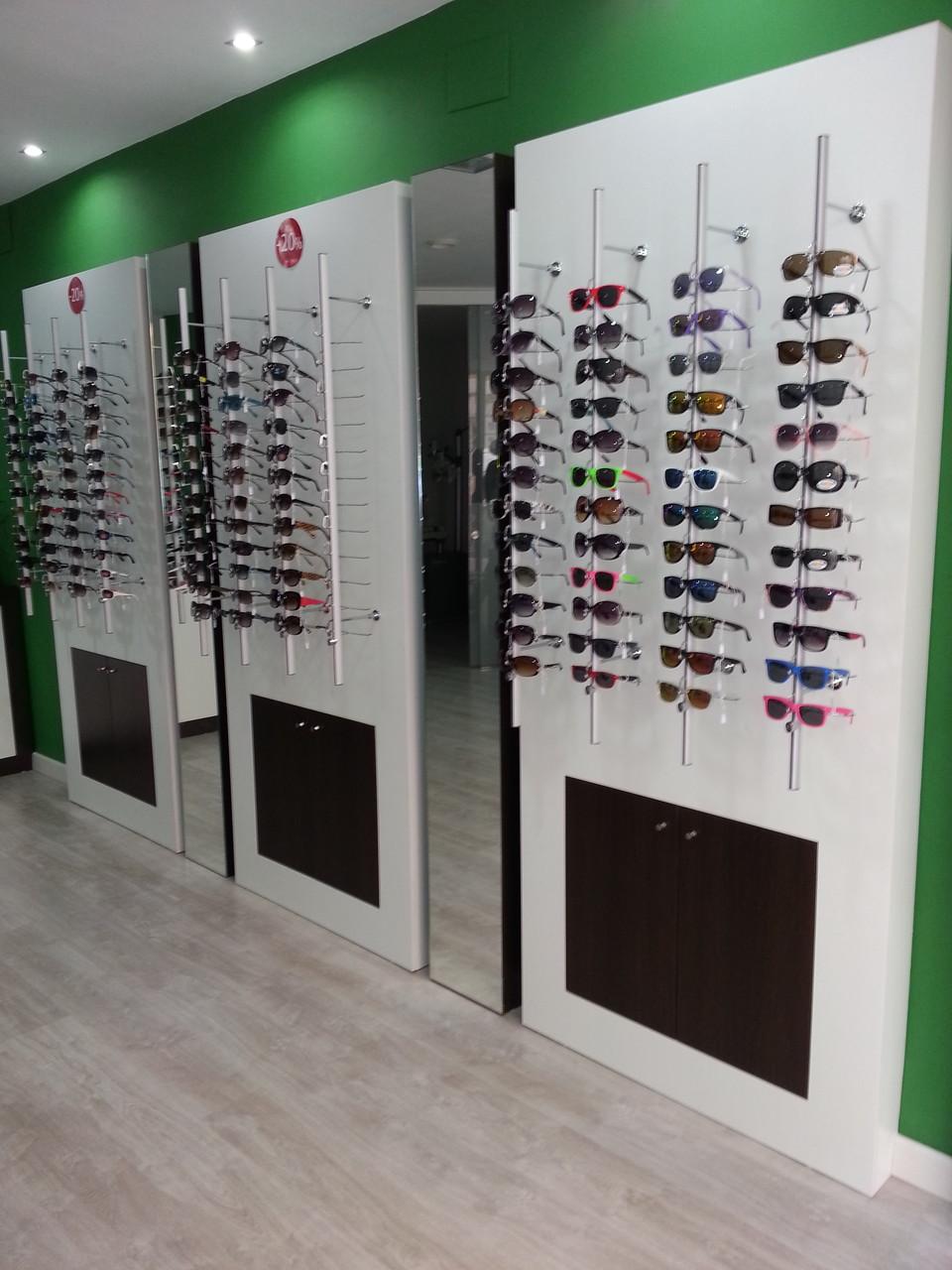Espositores de gafas con módulo bajo para almacenaje