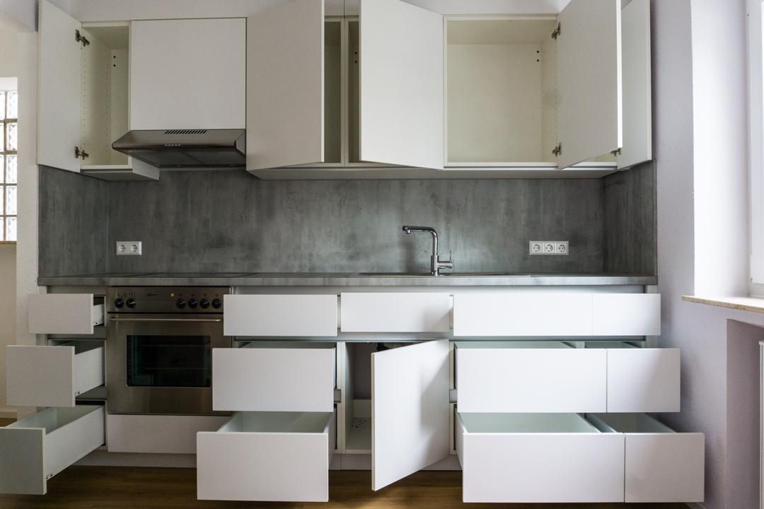 Moderne Küche weiß offen