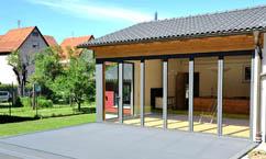 Kranarbeiten mit Palfinger zwischen Gebäuden - mit unserem Spezialisten Tobias Lutz