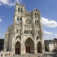 (DR) CASA Chambres d'hôtes Amiens-B&B < La Cathédrale d'Amiens