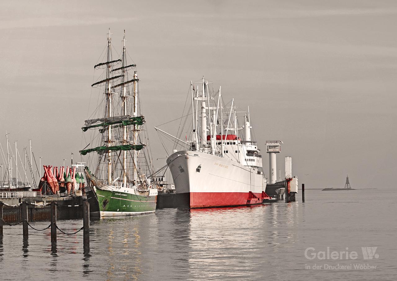 40134 Alexander von Humboldt und Cap San Diego