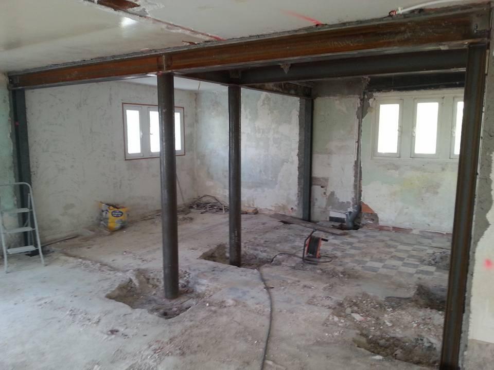 suppression totale de murs porteurs (refends) et remplacement par structure métalliques tubes et H et I pour salle de yoga