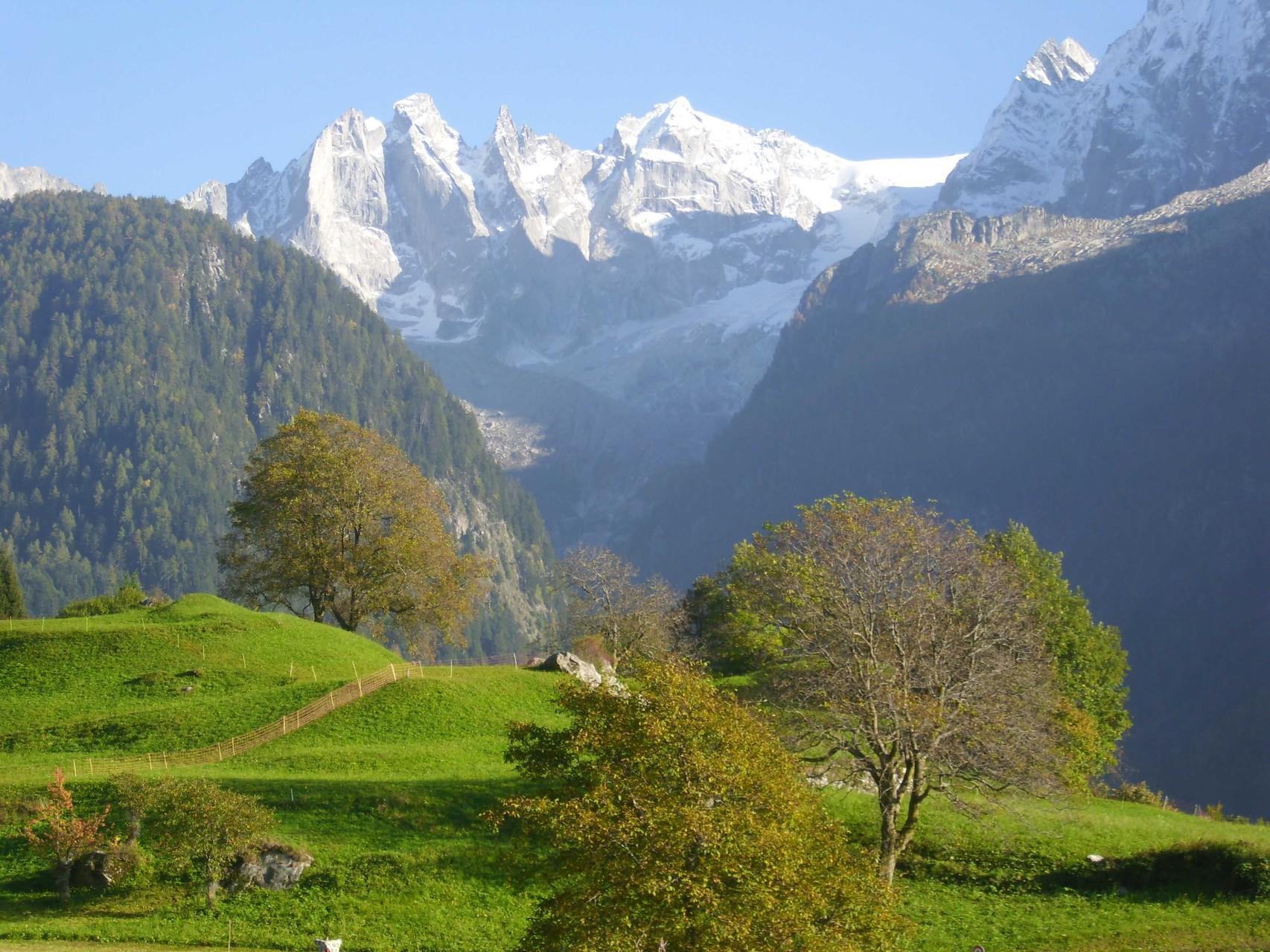 Blick auf die Sciora-Berge