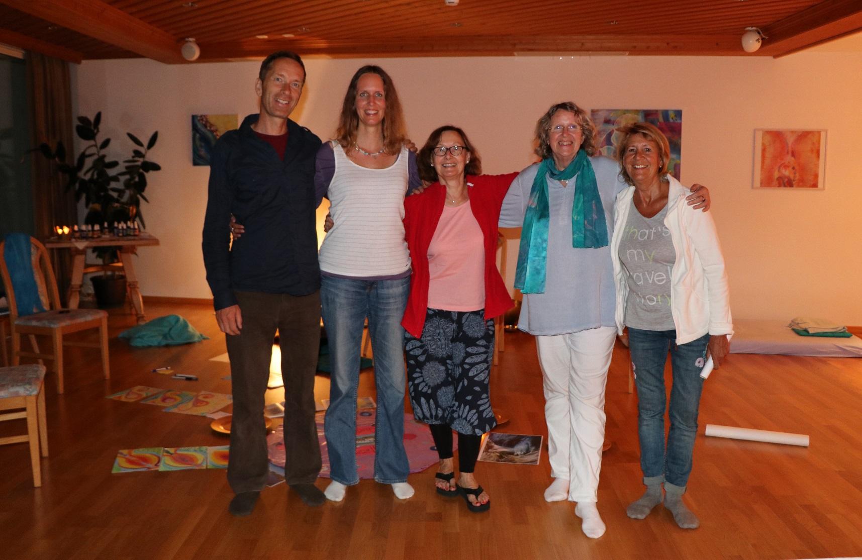 Rainer, ich und einige Seminar-Teilnehmerinnen