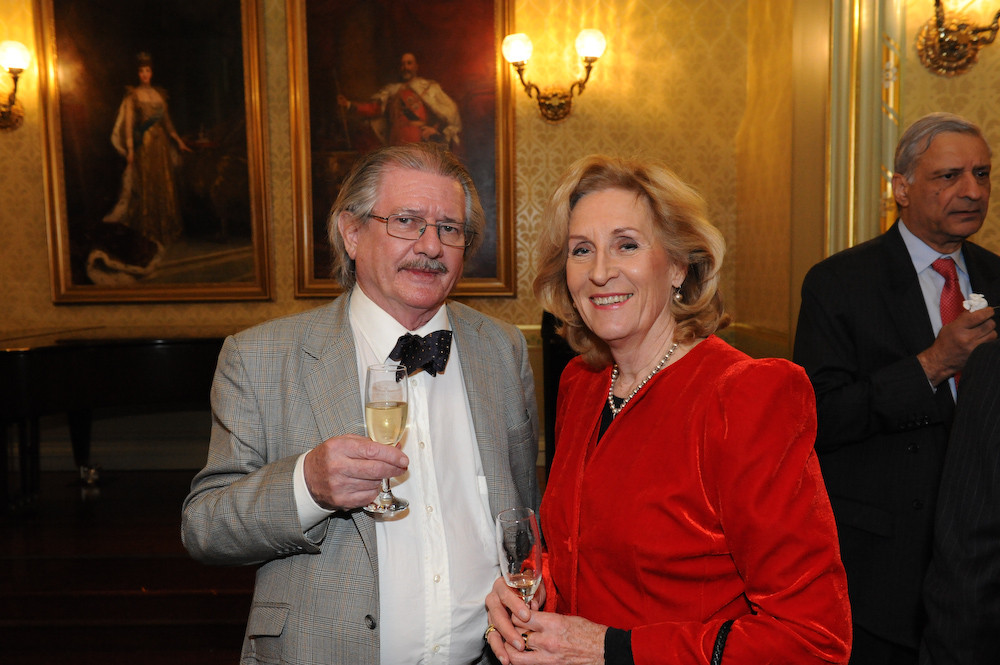 Tony Bilson (left) and Suzanne Blake at launch of the 'Friends of the Commonwealth'