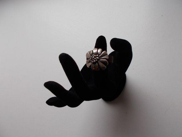 """Bague cuir avec bijoux """"fleur"""" 18€"""