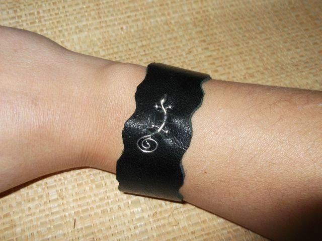 bracelet cuir et gecko couleurs au choix 10€