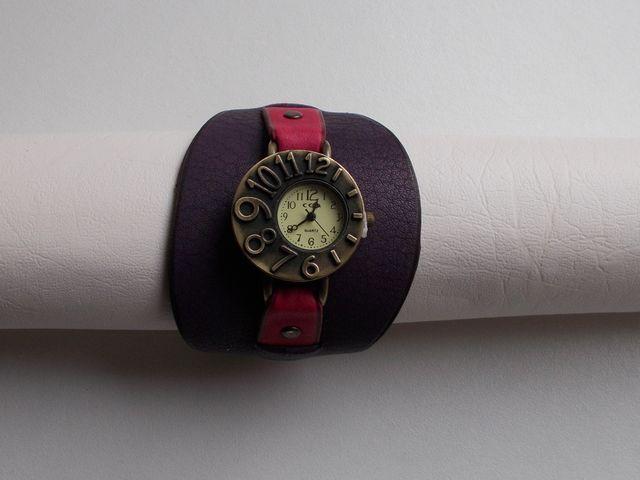 Montre quartz, Bracelet cuir veau violet et végétal rose 40€