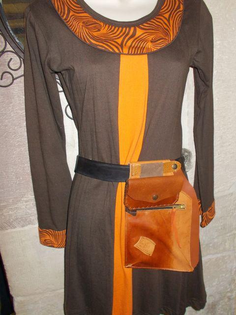 Besace, poche à porter à la ceinture+porte-monnaie / papiers amovible, Cuirs basane,  vachette