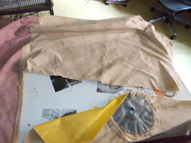 Réparation d'une toile de parasol