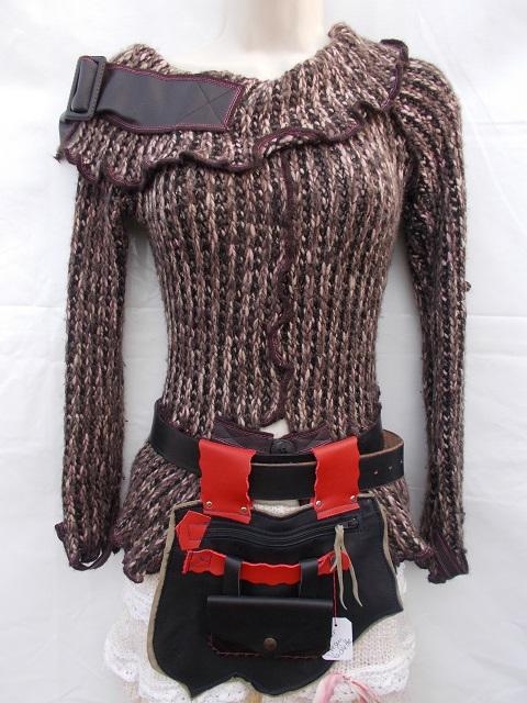 Besace, poche à porter à la ceinture+porte-monnaie/ papiers amovible, Cuirs veau, vachette