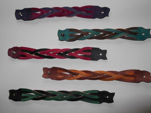 Bracelet tresse sans fin cuir végétal teinté main 2 couleurs 15€
