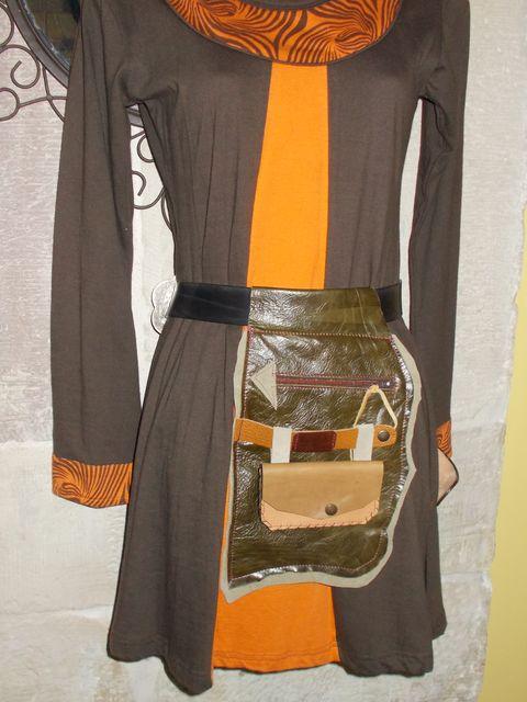 Besace, poche à porter à la ceinture+porte-monnaie / papiers amovible, Cuir vachette