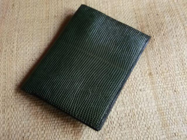 Porte feuille en cuir de lézard véritable , couture sellier (à la main)