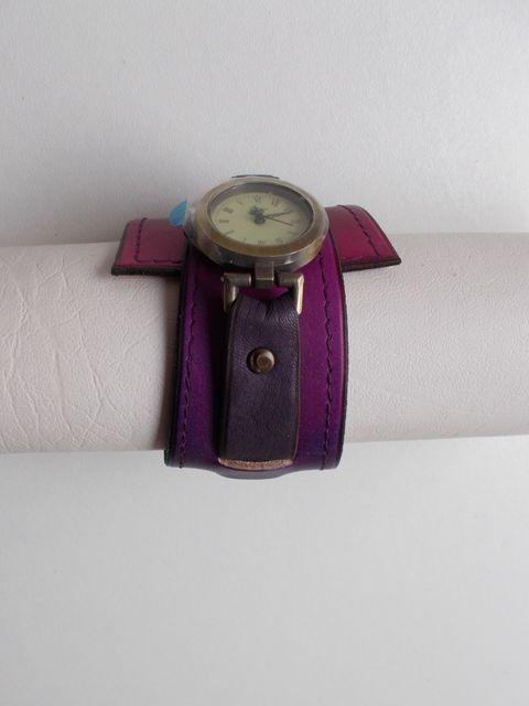 Montre quartz, Bracelet cuir végétal teinté dégradé violet 45€