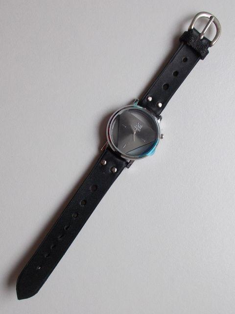 """Montre quartz bracelet """"classique"""" cuir veau 45€"""