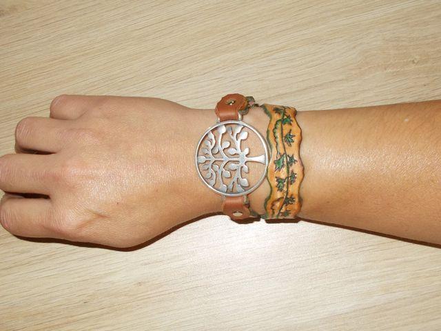"""Bracelet Dbl tour cuir végétal gravé teinté main bijoux """"Arbre""""  35€"""