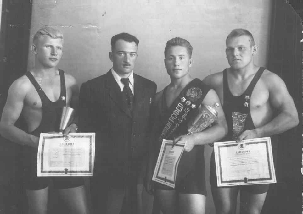 Чемпионы РСФСР по вольной борьбе, 1951 г.